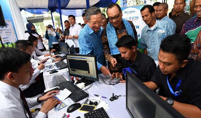 Bank BTN dan Blue Bird menandatangani Perjanjian Kerja Sama terkait fasilitas pembiayaan perumahan di Jakarta, Rabu (7/11).Foto/Roni.M/ECONOMICZONE