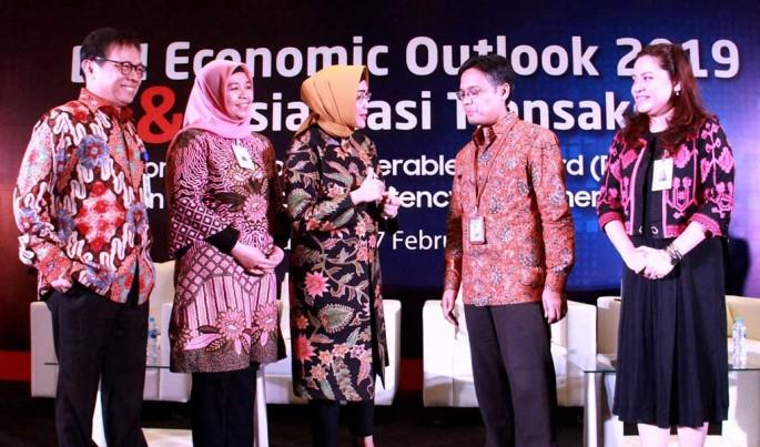 Direktur Hubungan Kelembagaan BNI Adi Sulistyowati saat mensosialisasikan dan memasarkan transaksi DNDF dan skema transaksi LCS.Foto/Ist/ECONOMICZONE