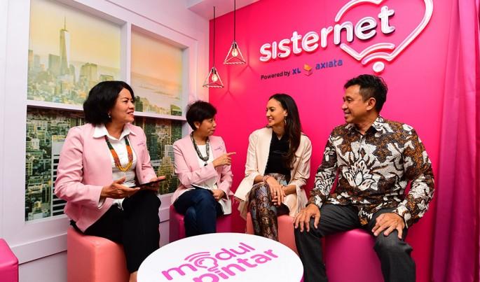 Peluncuran Pojok Pintar Sisternet Xl Axiata.Foto/Roni.M/ECONOMICZONE