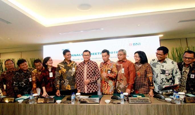 Jajaran Direksi Bank BNI usai Paparan Kinerja Kuarta I