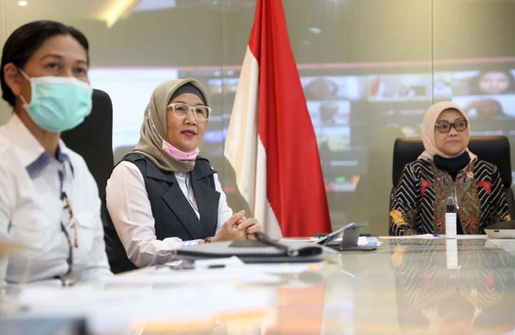 Ida Fauziyah Resmikan Posko Pengaduan THR 2020