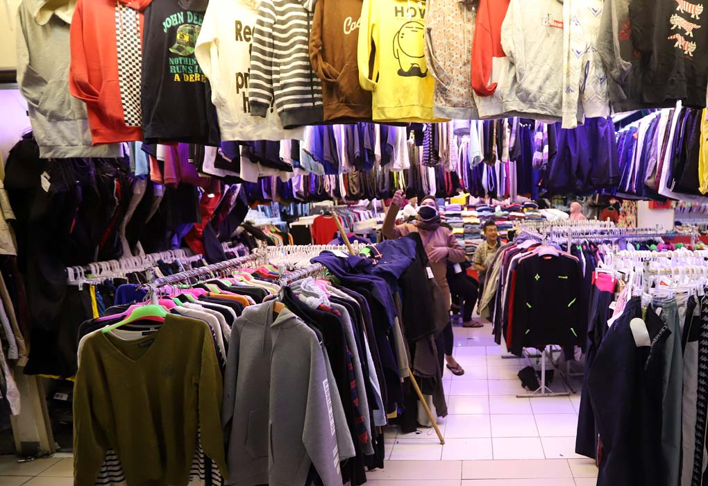Penjualan Baju Sepi Pengunjung