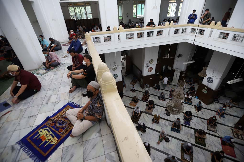 Salat Jumat Sesuai PSBB Transisi di DKI Jakarta