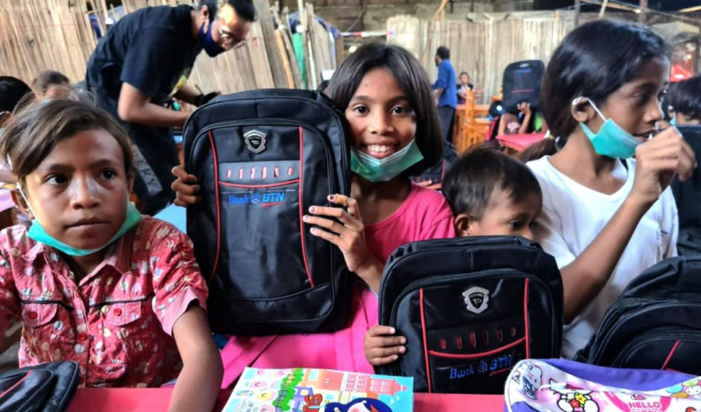 Bantu Anak Sekolah