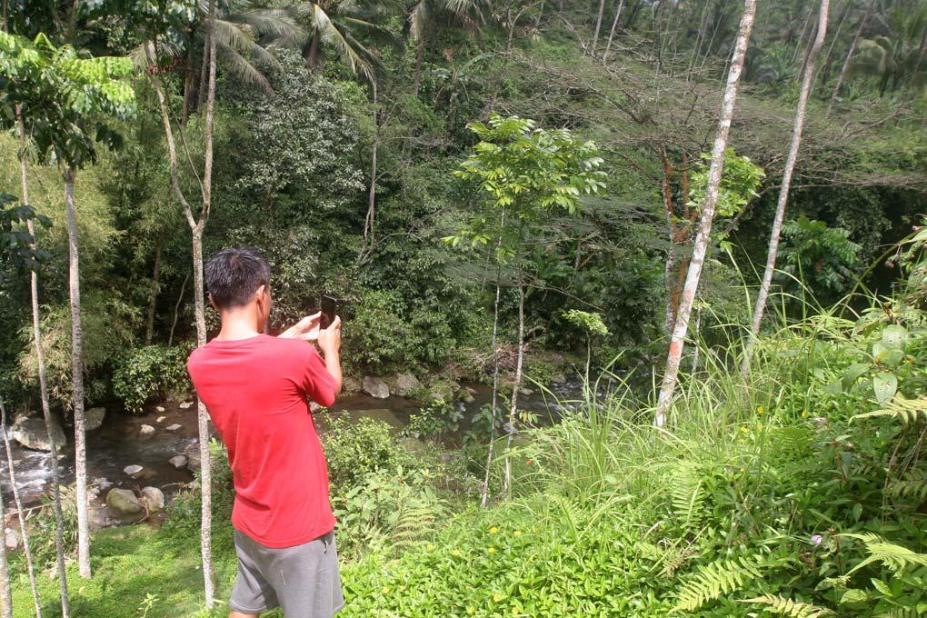 Menikmati Keindahan Curug Ceheng