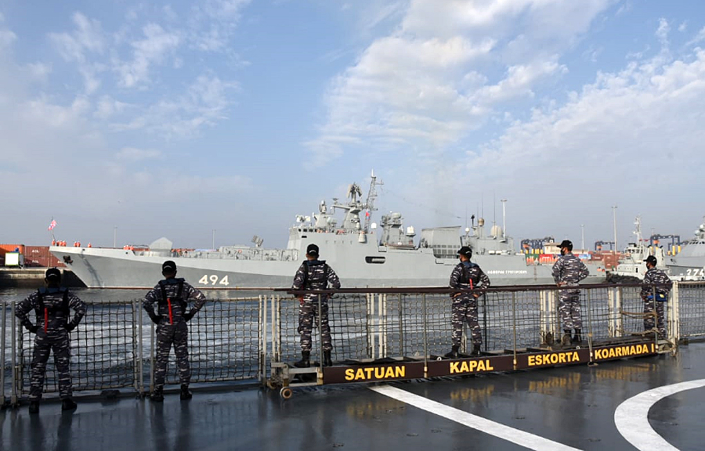 KRI Bung Tomo-357 Latihan Bersama di Laut Arab