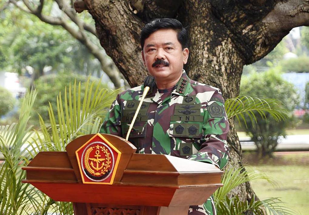 Panglima TNI Kerahkan Prajurit dan Alutsista Bantu Korban Bencana Alam di NTT dan NTB