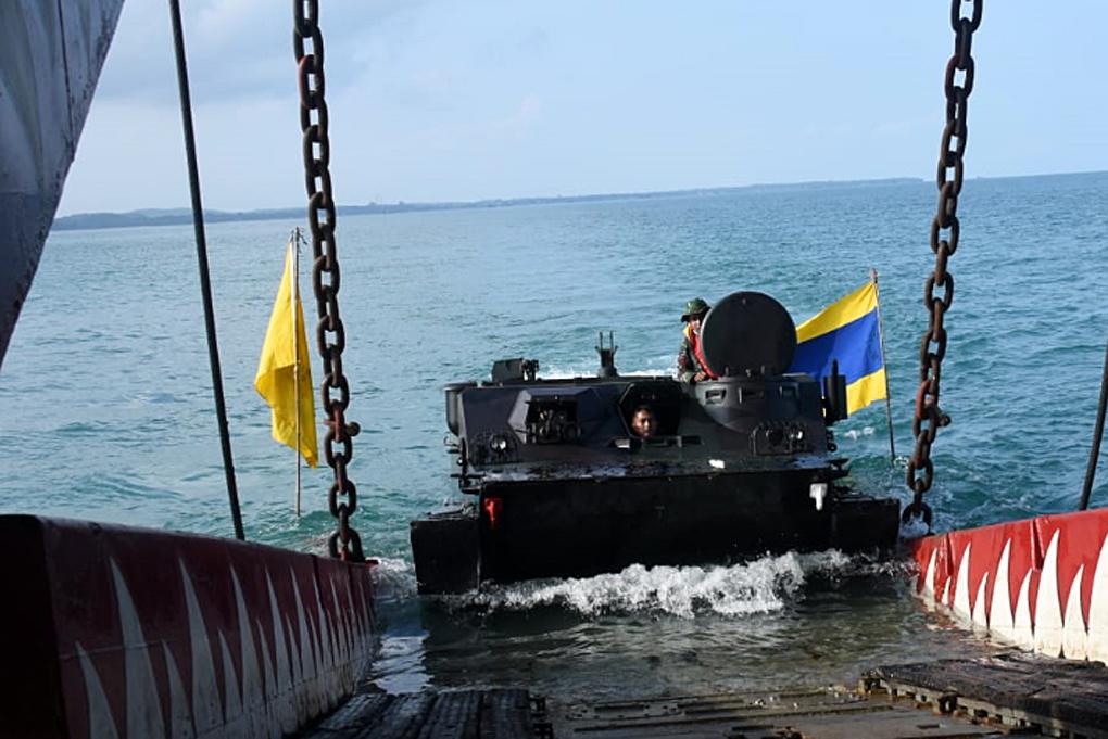 Tiga Kapal Perang Reembarkasi Pasukan usai Latihan Pendaratan