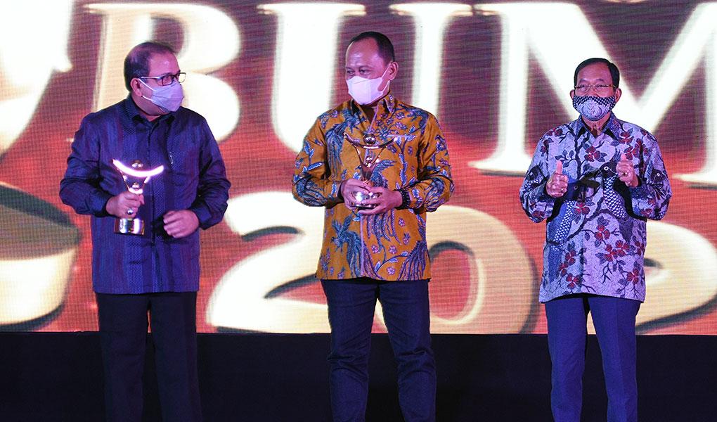 PTPP Sabet Dua Penghargaan Anugerah BUMN Award 2021