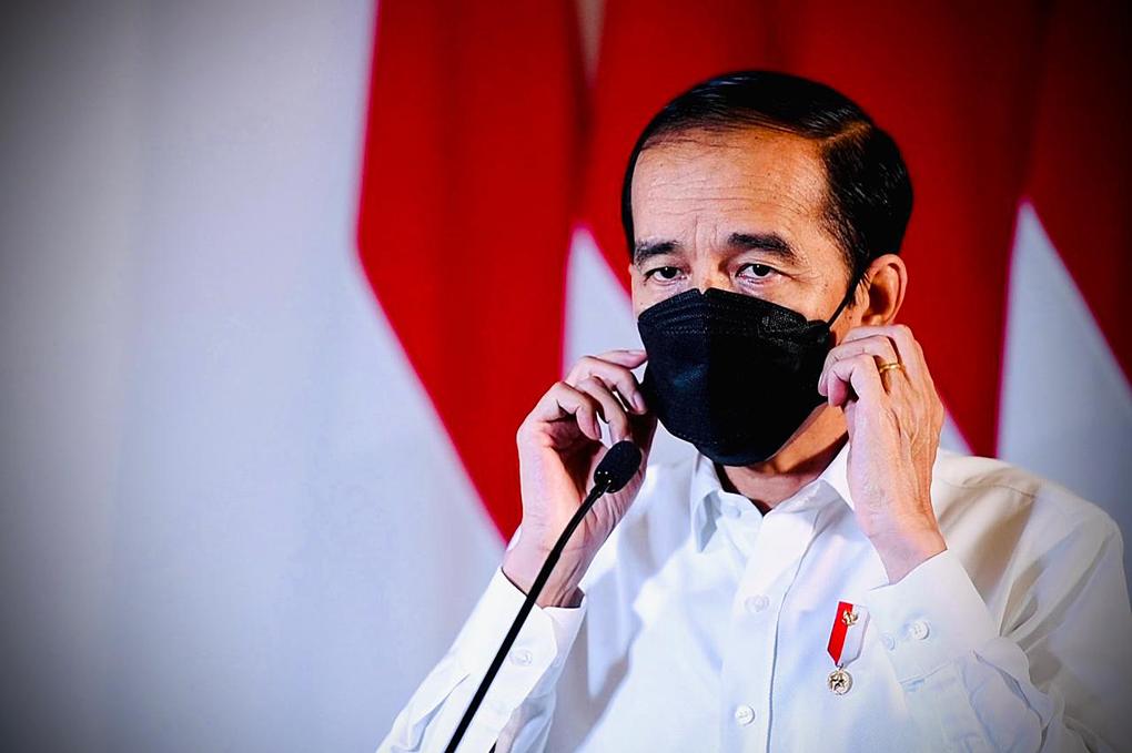 Presiden Joko Widodo Sampaikan Keterangan Pers Terkait KRI Nanggala 402