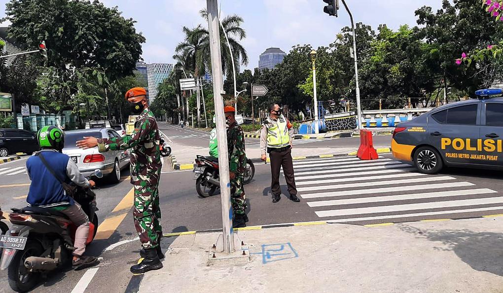 Paskhas TNI AU Laksanakan Operasi Yustisi Disiplin Prokes