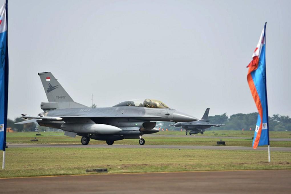 8 Pesawat Tempur F-16 dan 6 Helikopter TNI, Siap Meriahkan HUT Kemerdekaan RI ke-76