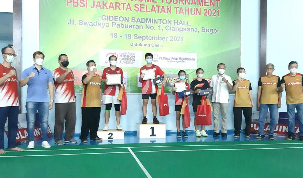 Beasiswa IndiHome Gideon Badminton Academy Berlaga dalam Turnamen Resmi PBSI