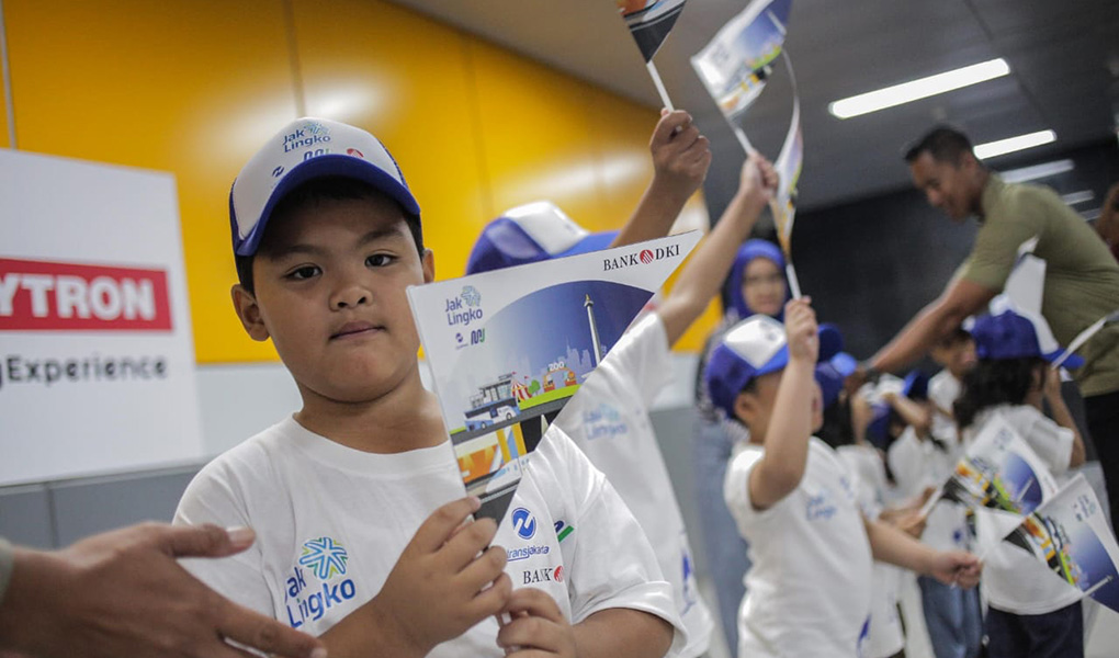 Presiden RI Joko Widodo Gunakan JakCard Bank DKI Saat Peresmian MRT