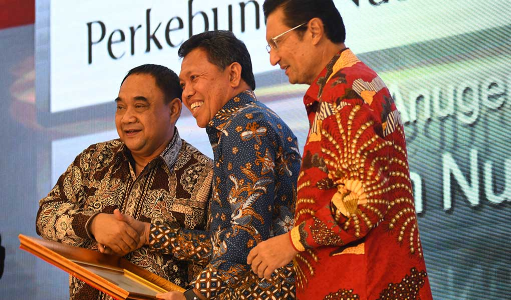 Perkebunan Nusantara Raih Anugerah Indonesia Maju