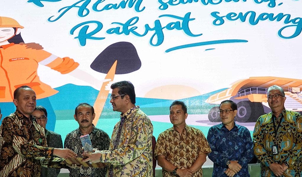 Kementerian Lingkungan Hidup Beri Penghargaan Kepada Semen Indonesia