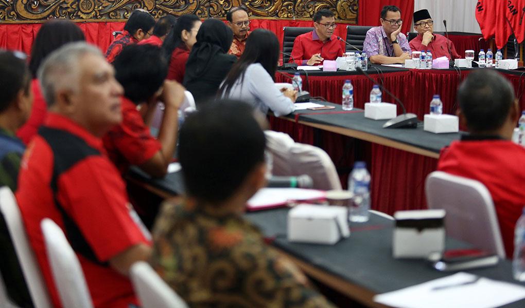 PDI Perjuangan Gelar Diskusi Gotong Royong Sebagai Pilar Ekonomi Nasional