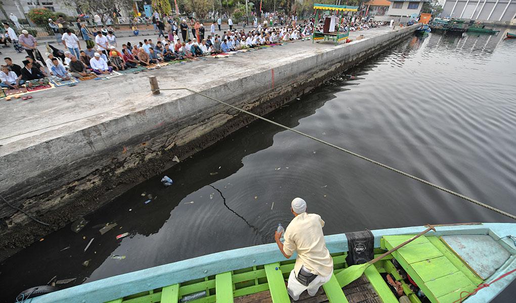 Shalat Idul Adha Di Pelabuhan Sunda Kelapa