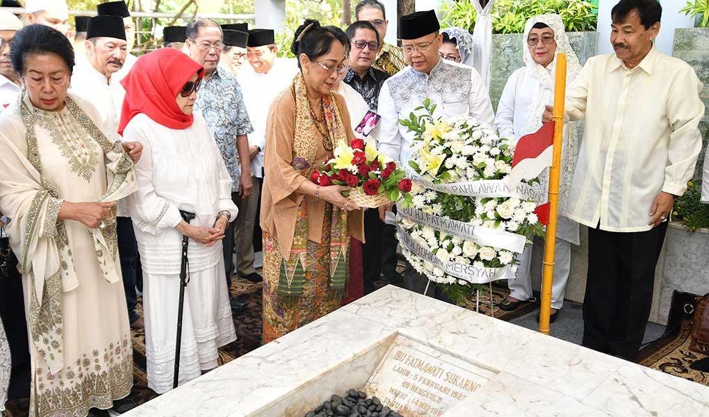 Ziarah Makam Fatmawati