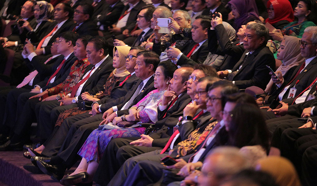 Puan Maharani Dianugerahi Pin Alumni Kehormatan Lemhanas