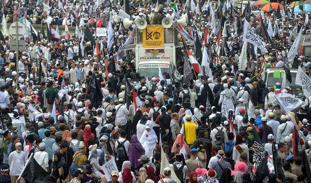 Aksi Ayo Selamatkan Indonesia