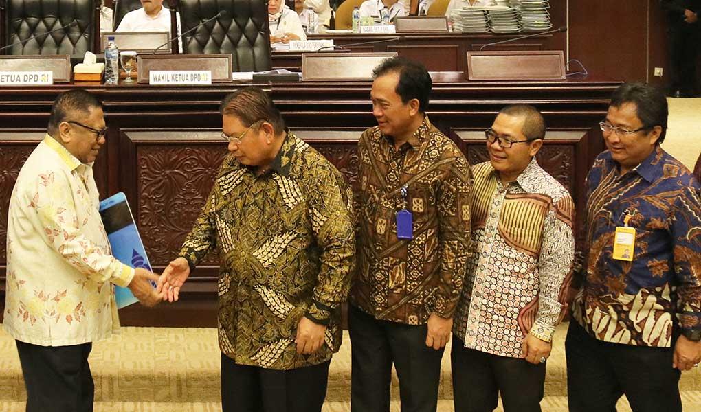 Aggota DPR Dan DPD Purnatugas Resmi Menjadi Nasabah Bank Mantap