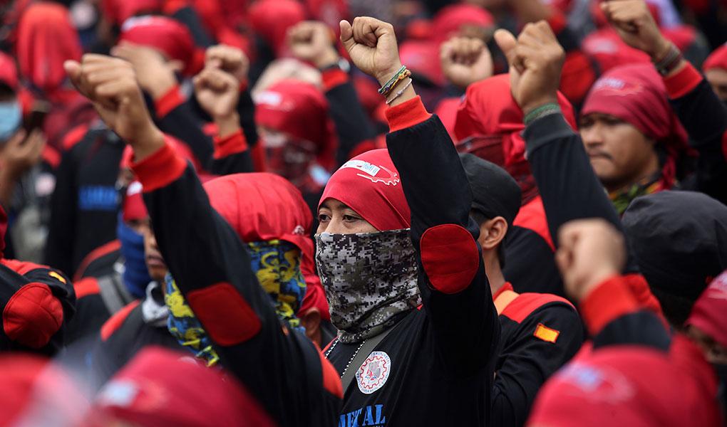 Aksi Buruh Tuntut Revisi UU Ketenagakerjaan Dan Penolakan Kenaikan BPJS Kesehatan