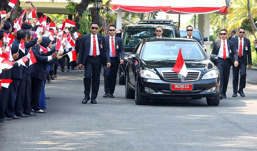 Presiden Jokowi Di Dampingi Keluarga Menuju Gedung DPR RI
