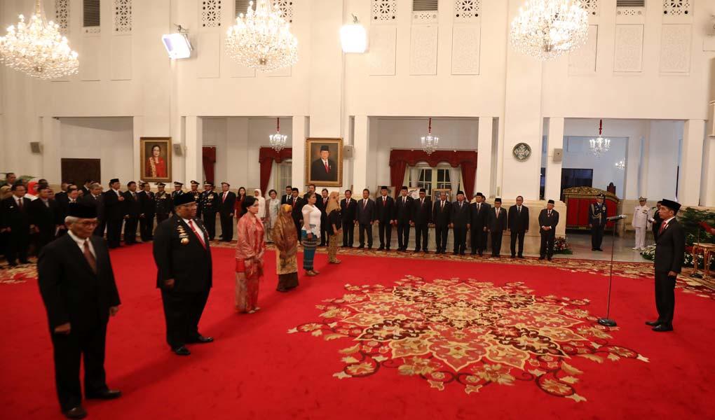 Presiden Jokowi Berikan 6 Tokoh Gelar Pahlawan Nasional