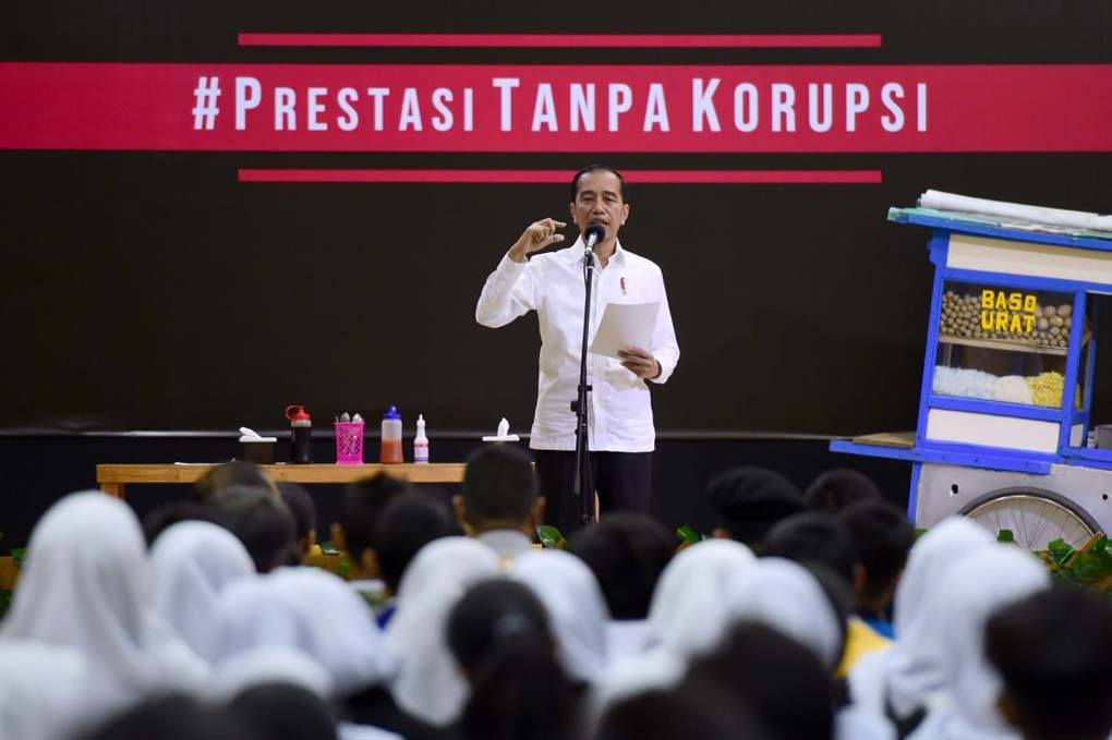 Presiden Jokowi Hadiri Peringatan Hari Anti Korupsi Di Sekolah