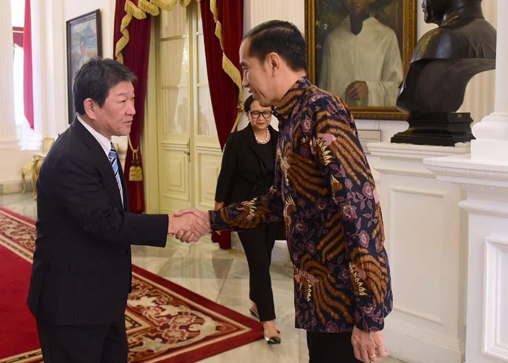 Presiden Jokowi Terima Kunjungan Kehormatan Menlu Jepang