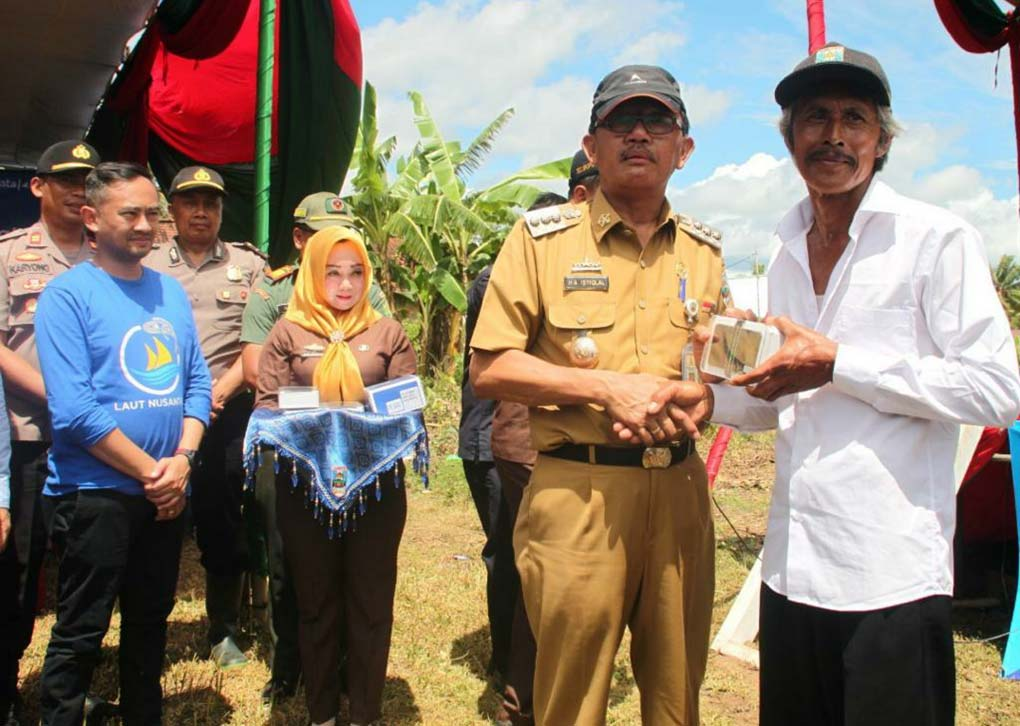XL Axiata Operasikan 4G Program USO Di Pesisir Barat Lampung