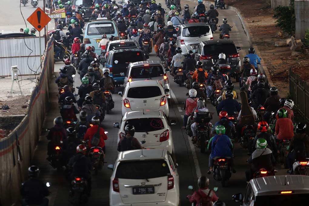 Kebijakan Ganjil Genap di Cabut Jakarta Macet
